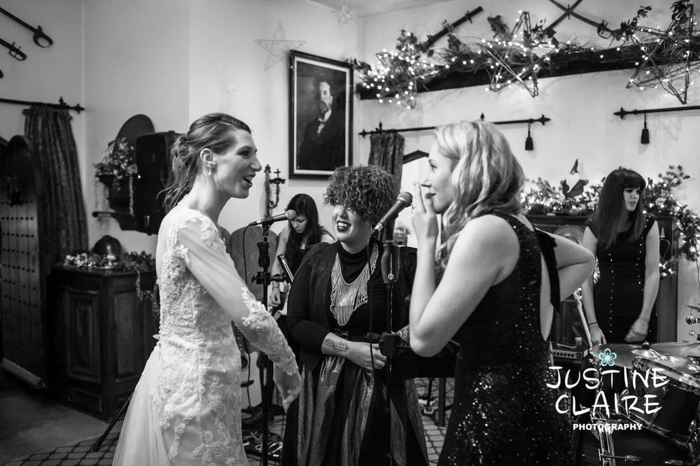 Amberley Castle Wedding Photographers1794.jpg
