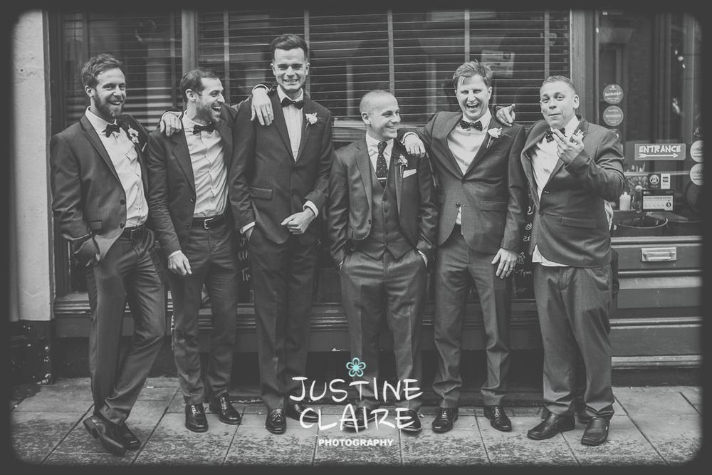Brighton Bandstand Wedding Photographers Laura and Rob socialfiles601.jpg