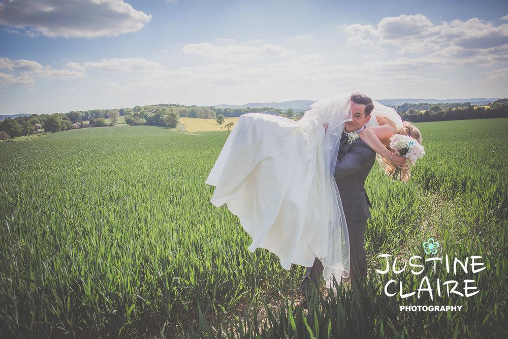 Fitzleroi Barn Wedding Photographers Justine Claire1-6.jpg