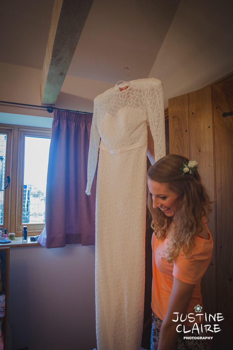 Grittenham Barn Wedding Photographers West sussex female reportage photography barn weddings-3.jpg