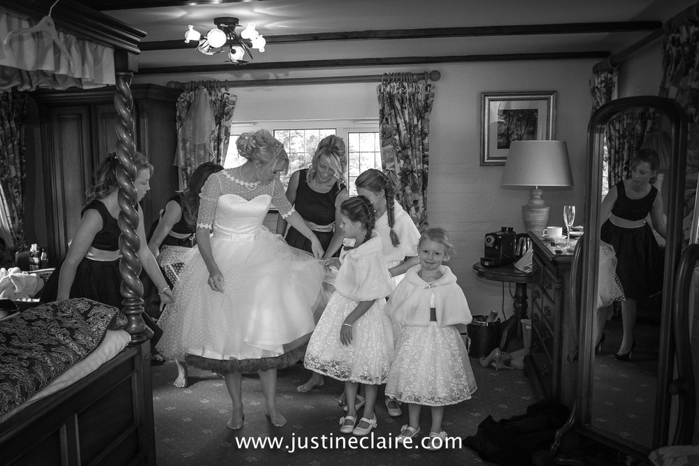 fitzleroi barn wedding photographers sussex best reportage photography-1.jpg