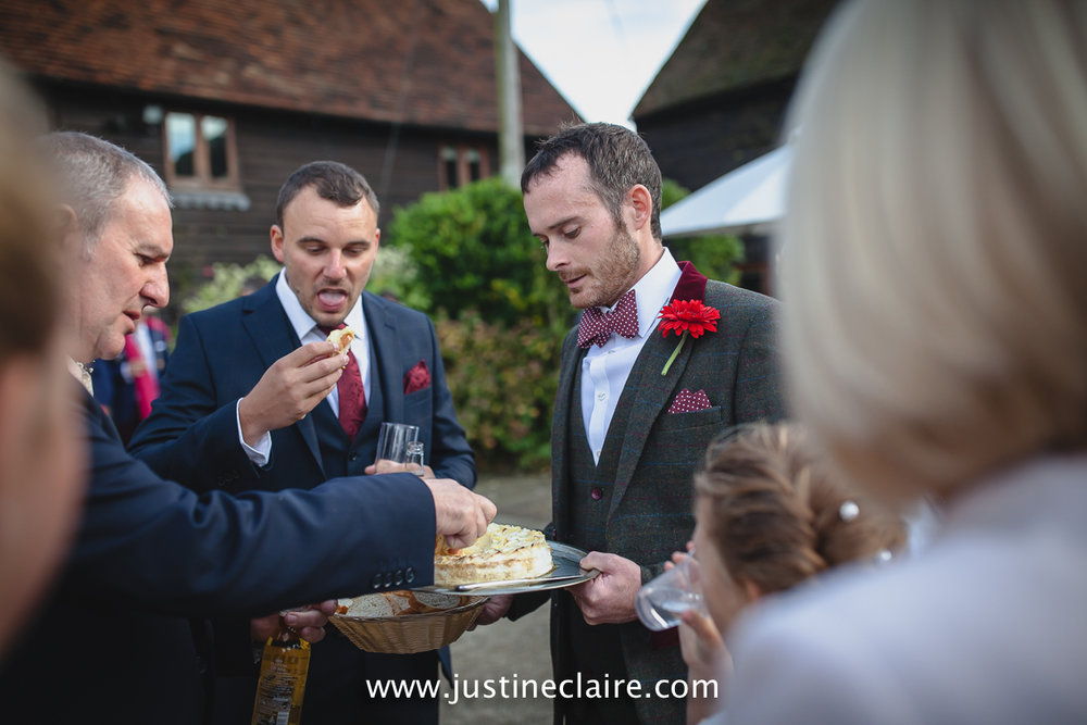 fitzleroi barn wedding photographers sussex best reportage photography-43.jpg