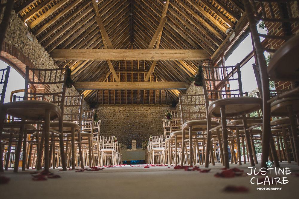 wedding photographer at Cissbury barn Findon Barn Venue Sussex reportage-1.jpg