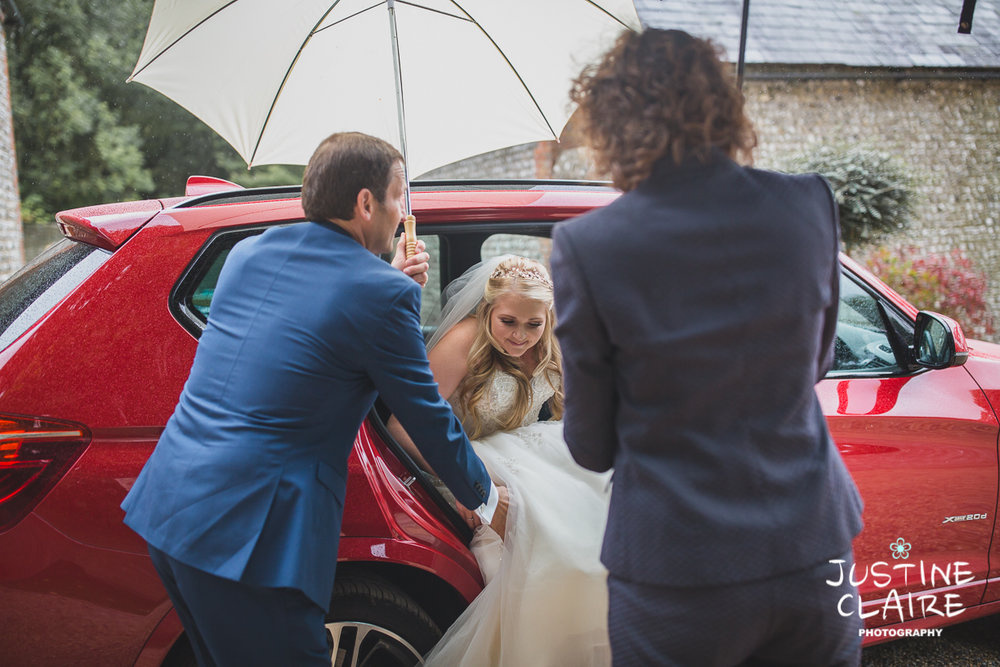 wedding photographer at Cissbury barn Findon Barn Venue Sussex reportage-18.jpg