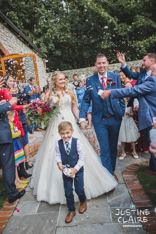 wedding photographer at Cissbury barn Findon Barn Venue Sussex reportage-40.jpg