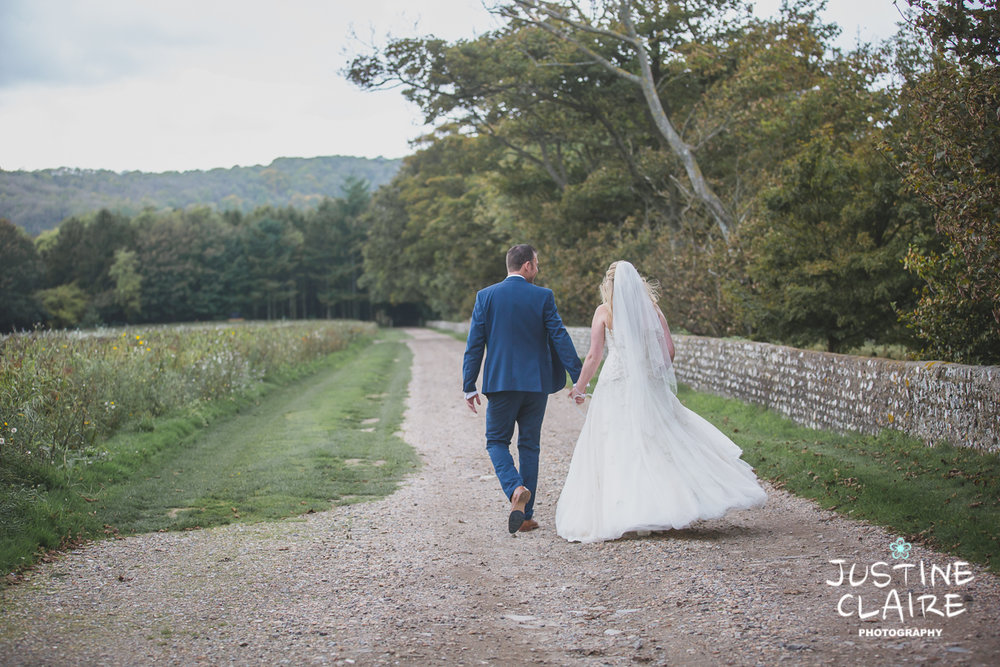 wedding photographer at Cissbury barn Findon Barn Venue Sussex reportage-99.jpg
