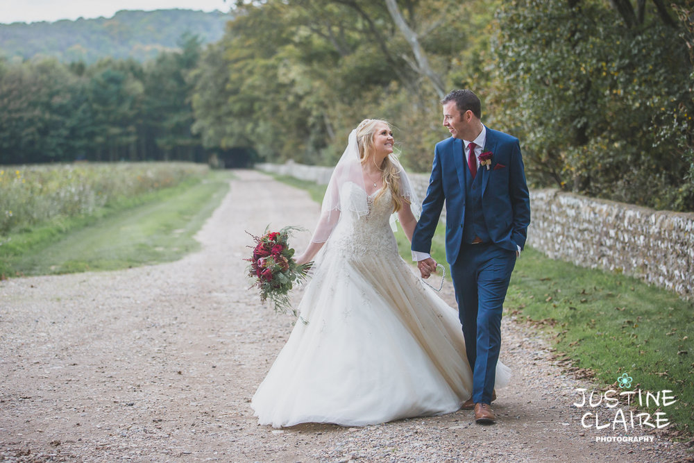 wedding photographer at Cissbury barn Findon Barn Venue Sussex reportage-102.jpg