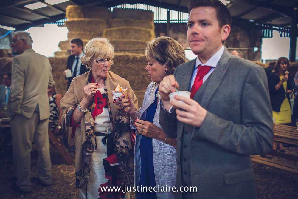 Patricks Barn the garden chef a Turners Hill Wedding Photographers reportage documentary female photography Sussex photography reportage-136.jpg