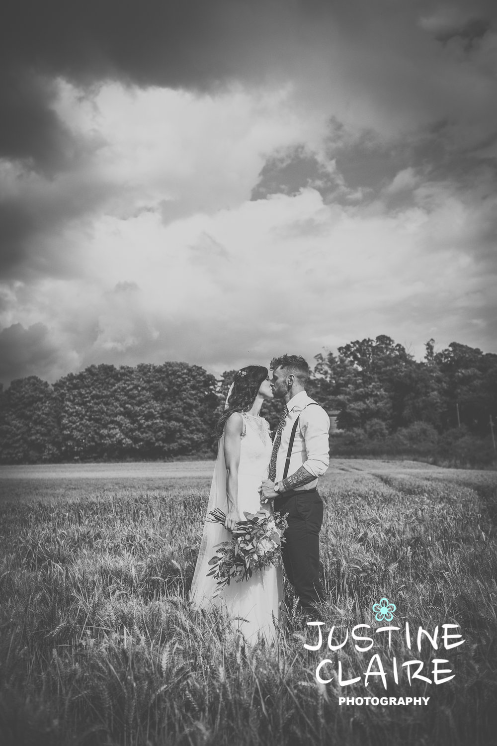 Farbridge Wedding Photographers Justine Claire Photography Chichester7.jpg