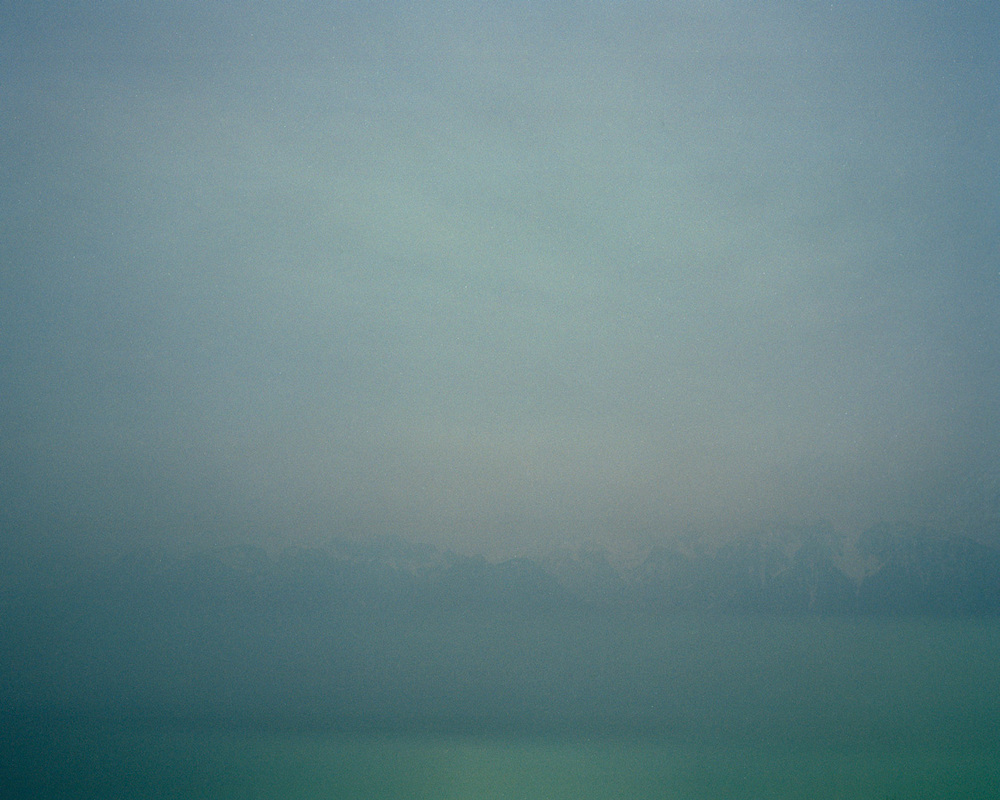 Le lac, les montagnes et le ciel, photographie argentique,2015.