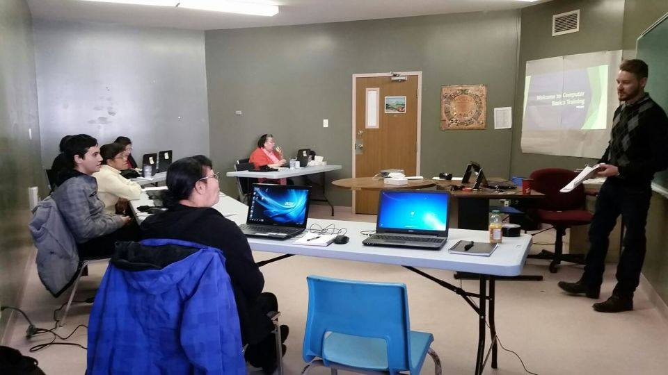 Esgenoopetitj Digital Literacy class