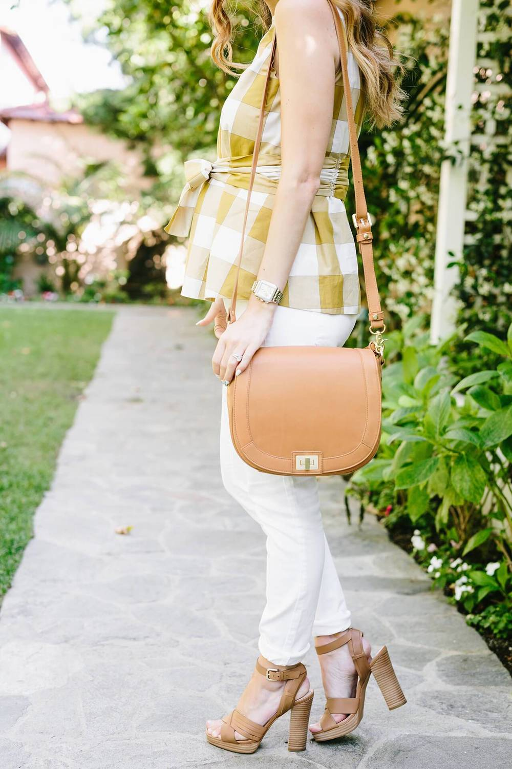 mara_mustard_gingham_top_with_white_jeans_1.jpg