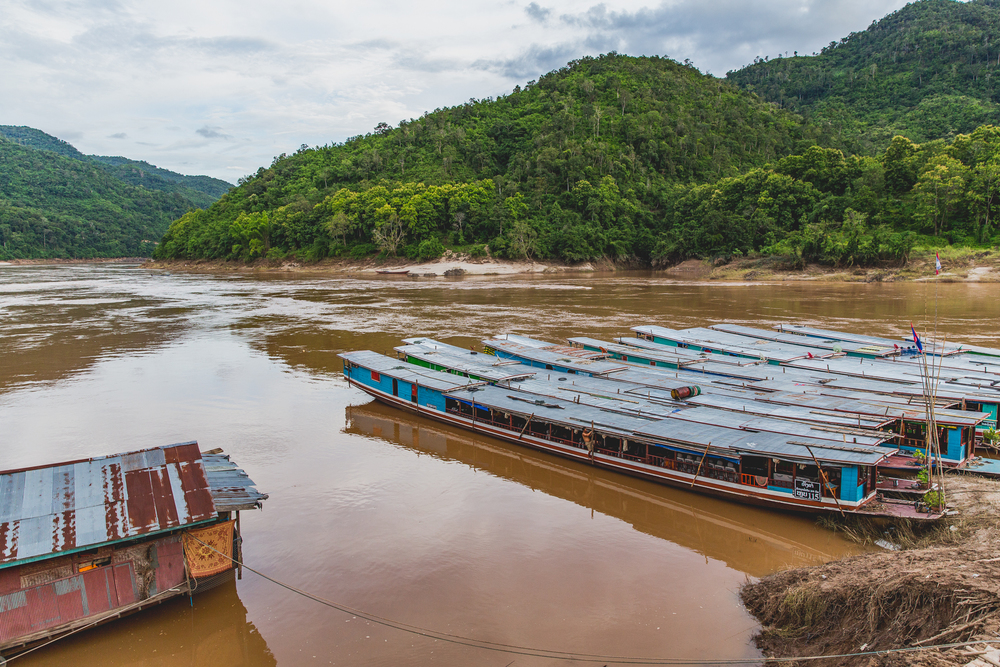 Pak Beng boats