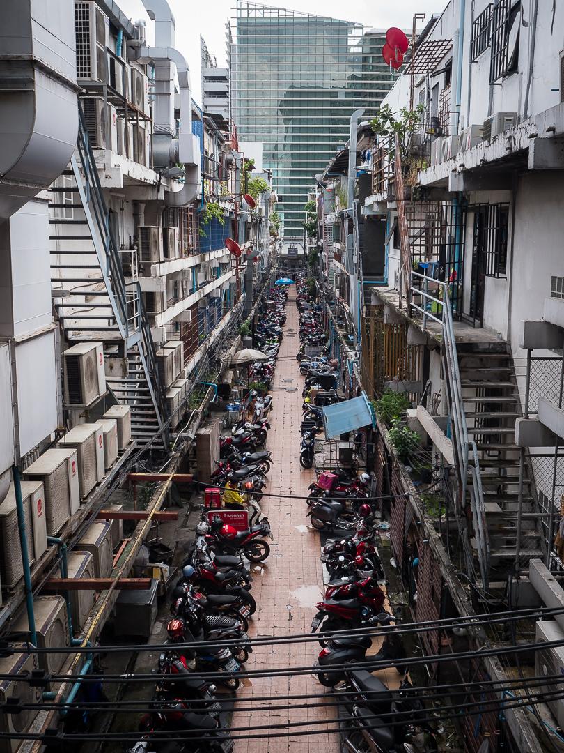 Bangkok alley