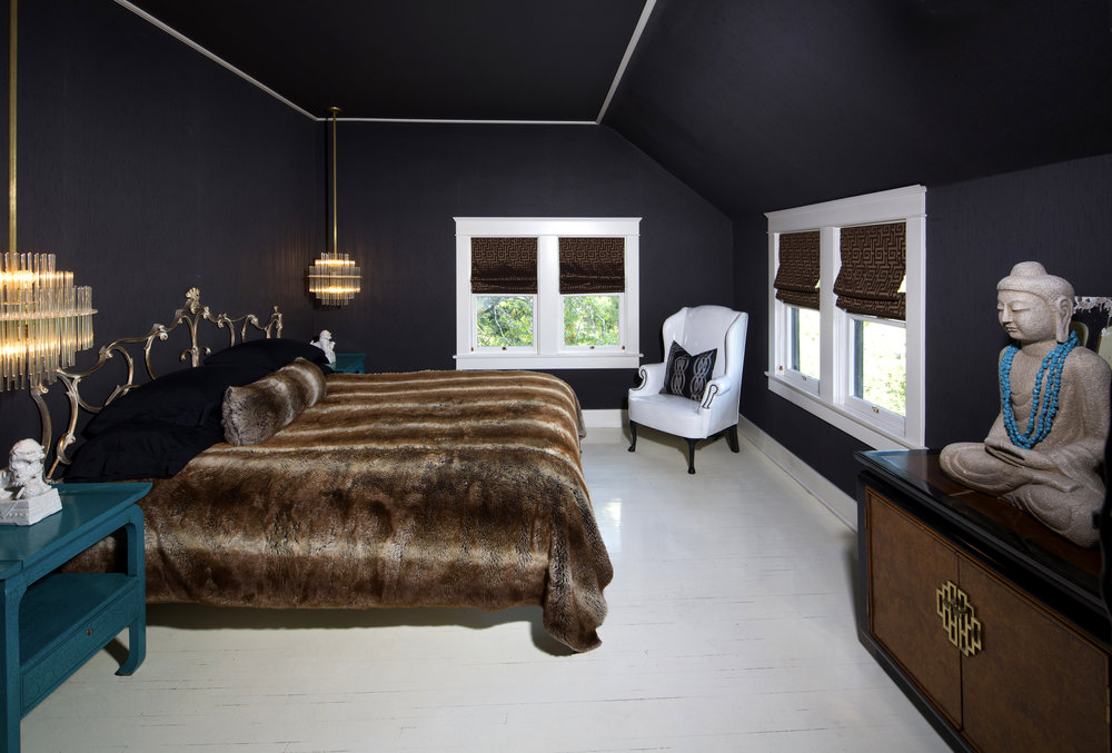 10-MasterBedroom.jpg
