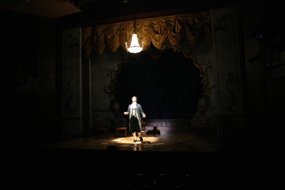 Amadeus - Salieri (Robert Cuccioli) 2.jpg