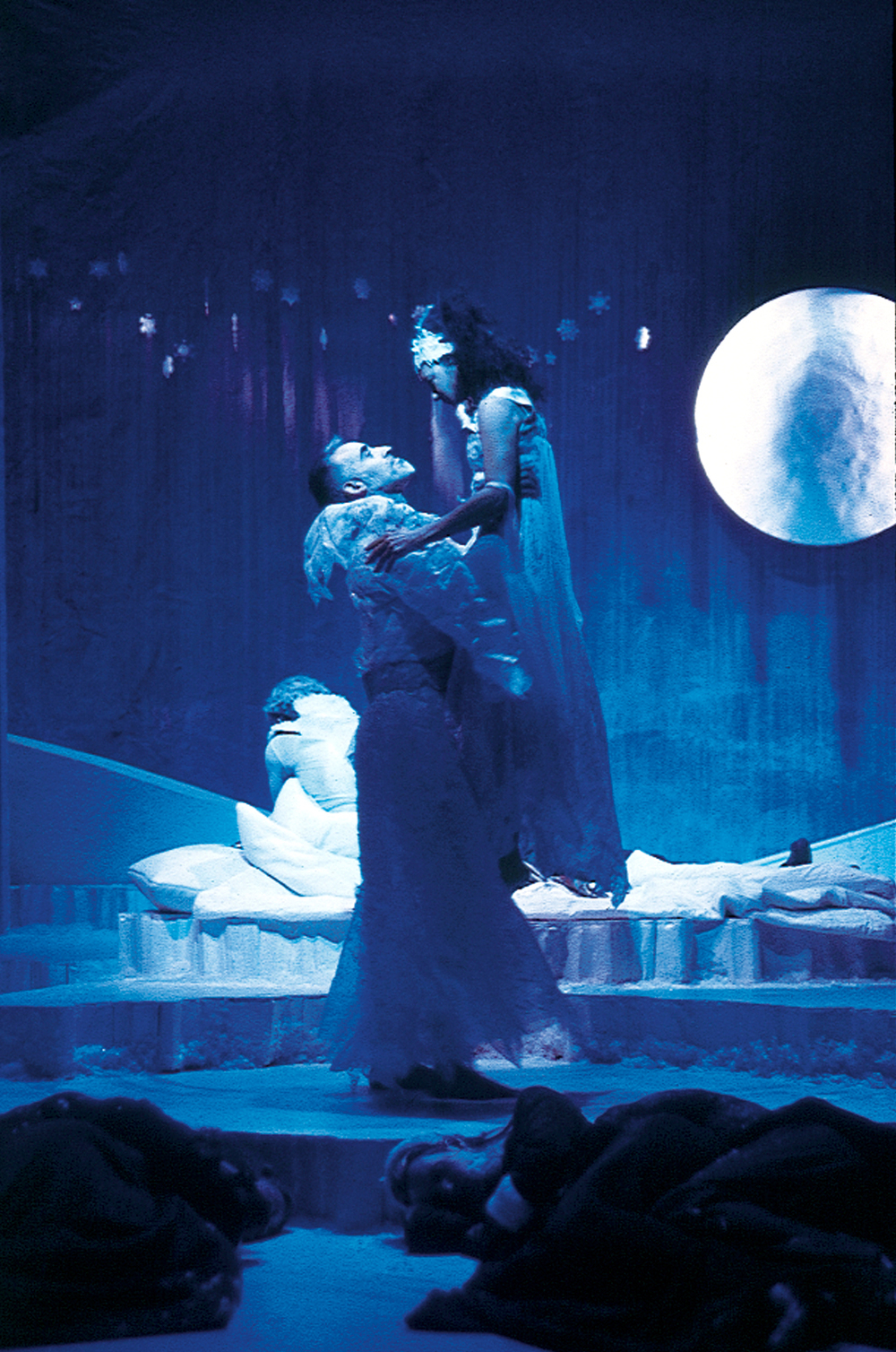 A Midwinter Night's Dream - Oberon (Mark Elliot Wilson), Titania (Sabrina LeBeouf).jpg