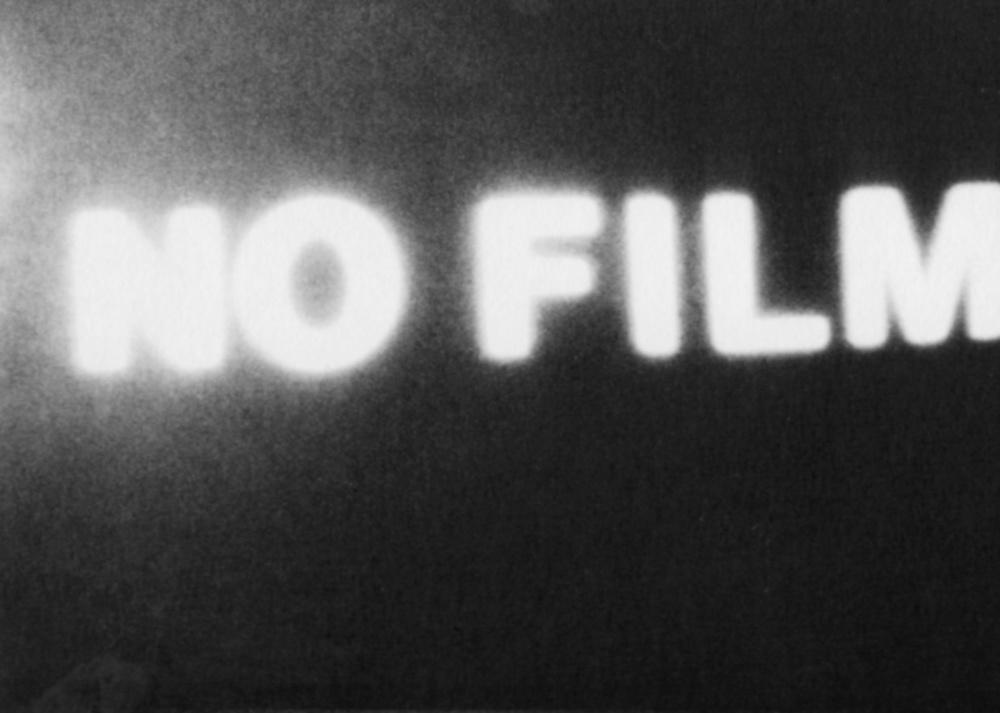 42/83 NO FILM