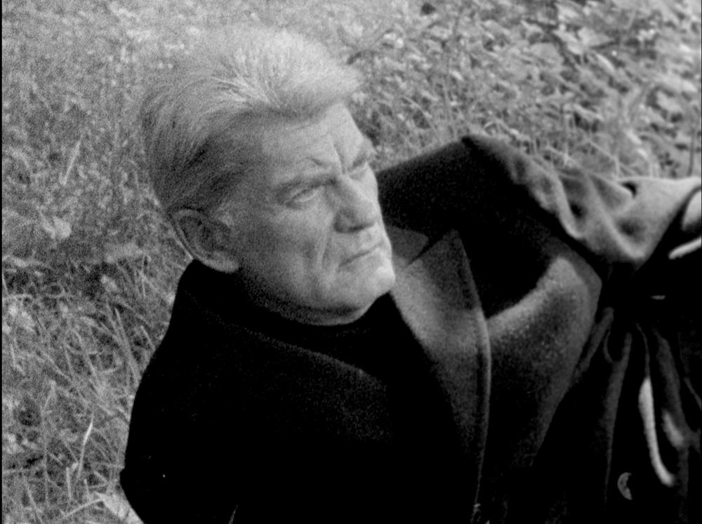 Jean Marais in JOUET CRIMINEL
