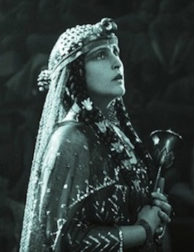 Dagny Servaes as Theonis, the slave girl -  THE LOVES OF PHARAOH