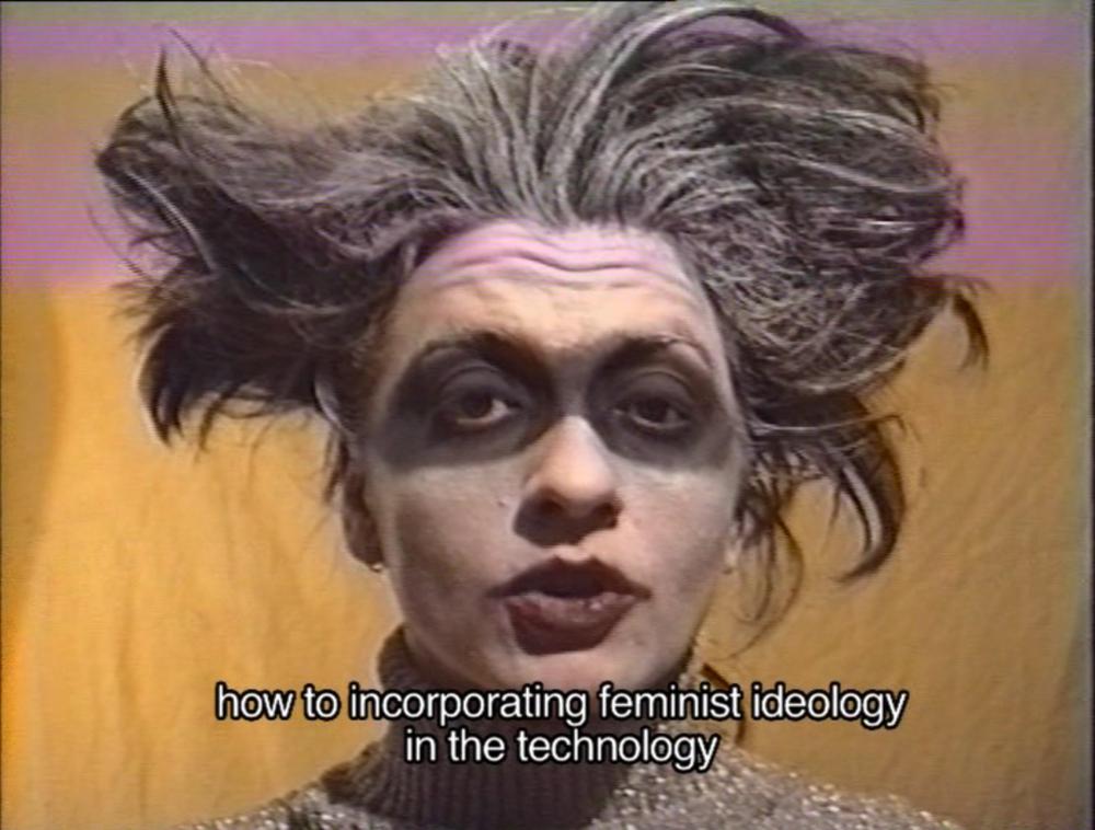 Cyborgs, Hombres y Drag Queens (Maite Cajaravile, 1997)