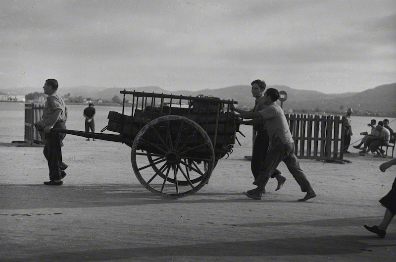 Cart Pushers (1958)