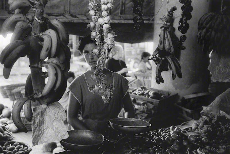 Salesgirl (1957)