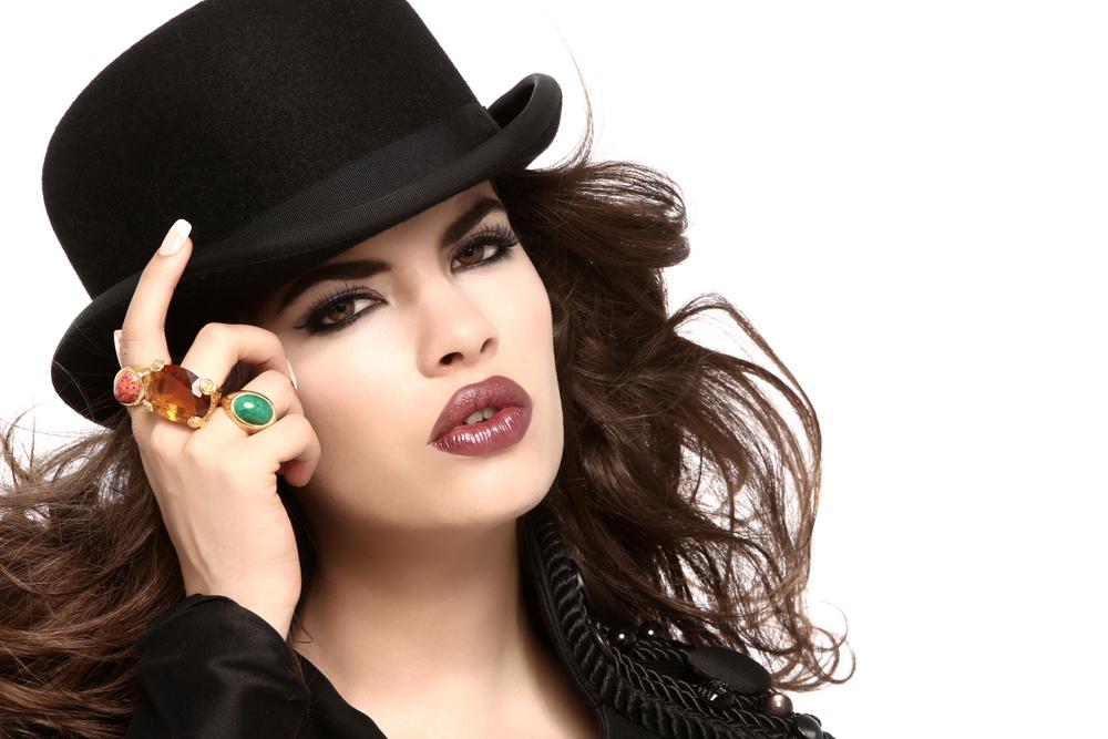 Latina#2EZT.jpg