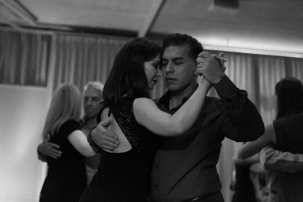 Tango Bajo -9948.jpg