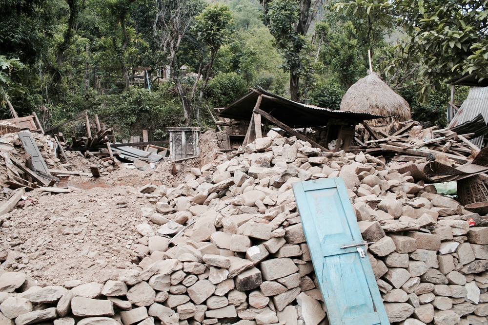 A fallen building in rural Dhading district. Photo courtesy of UMN.
