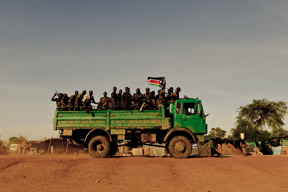 A truck full of SPLA soldiers in South Sudan - Photo courtesy of  ENOUGH Project .