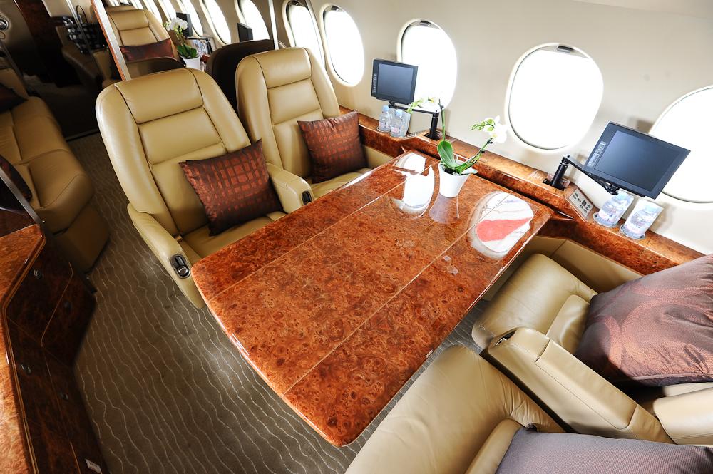 Falcon 900EX Interior