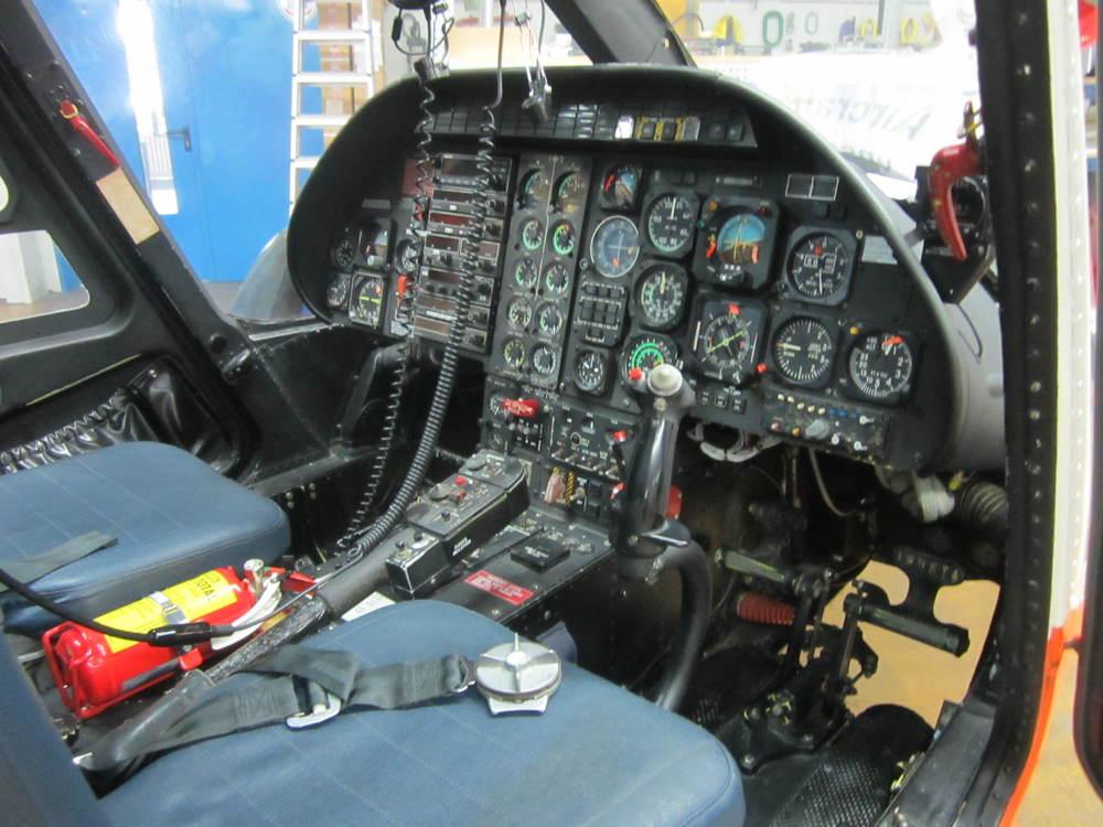A109K2 10025 Interior 7.JPG