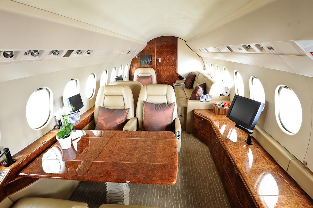 Falcon 900EX Charter