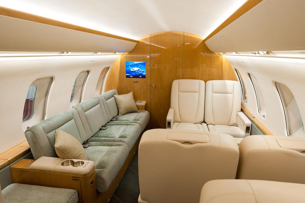 Challenger 605 5772 Interior 6.jpg