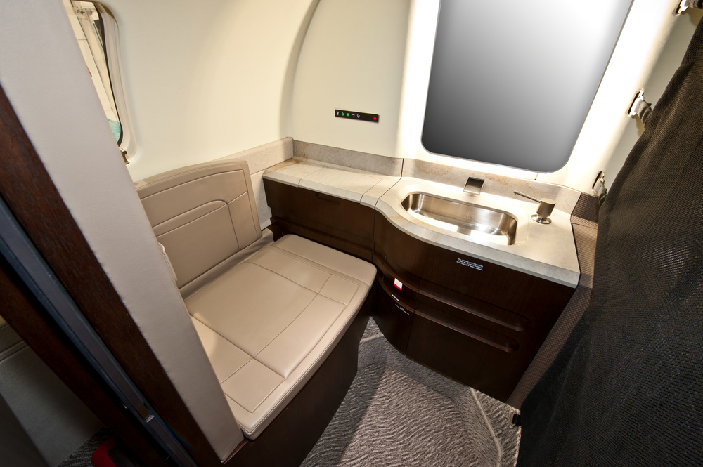 Learjet 75 Interior Lavatory