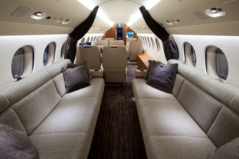 2012 dassault falcon 7x for sale altus aviation for Interieur falcon 2000