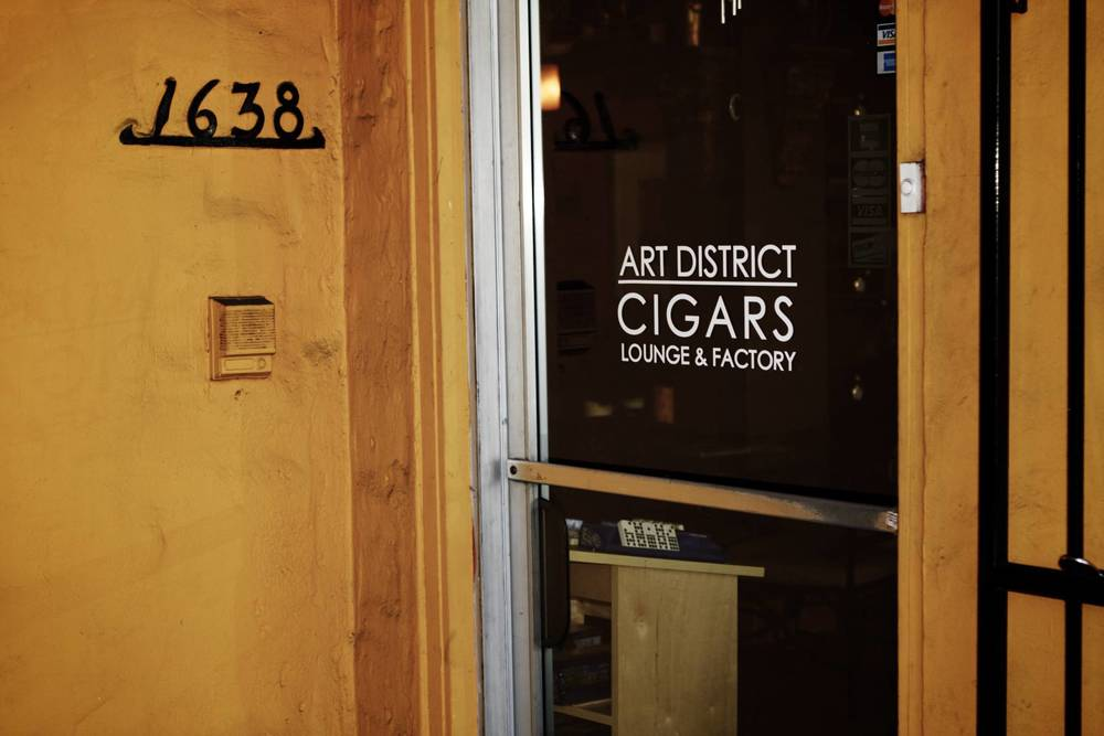Calle Ocho: Cigar Shop in Little Havana, Miami