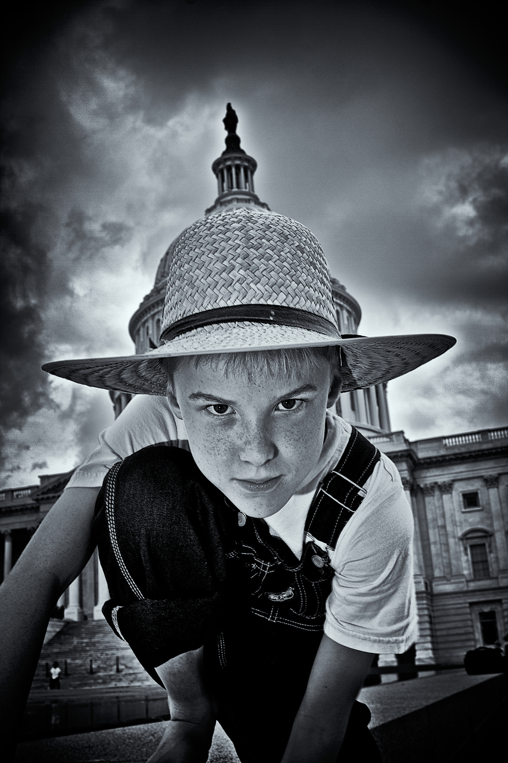Tom and Huck: Tom Peering into You