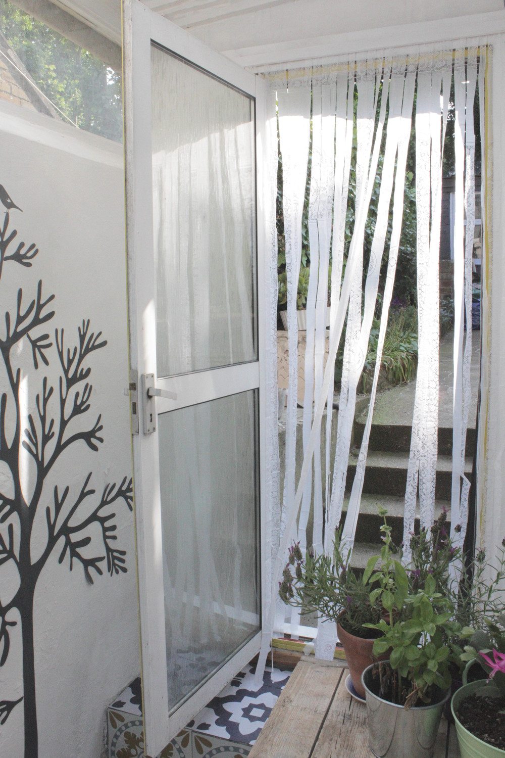 Bug screen curtain, tutorial by hester's handmade home