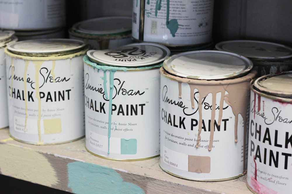 Annie Sloan chalk paint, photo taken from Annie's interview with www.hestershandmadehome.com