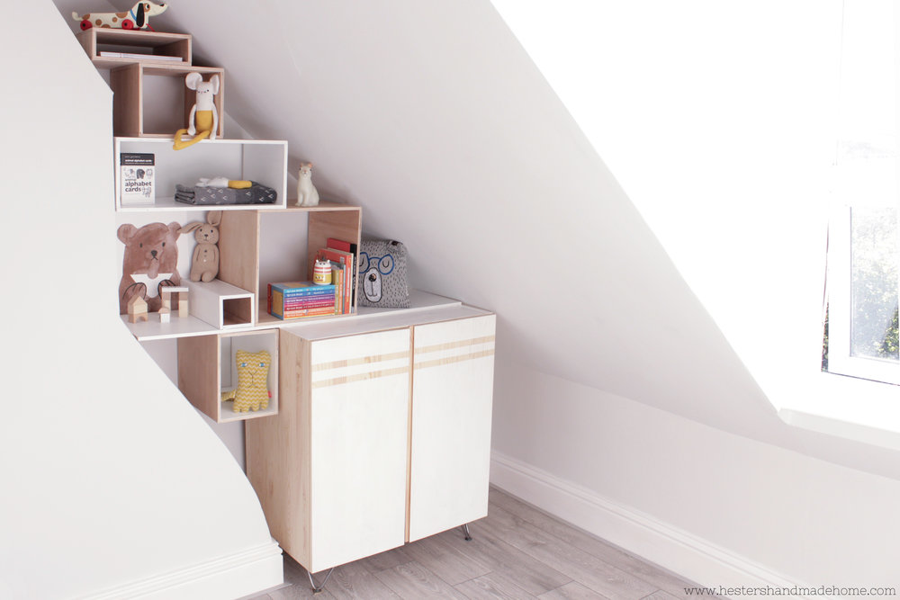 Modular bookcase in a nook by www.hestershandmadehome.com