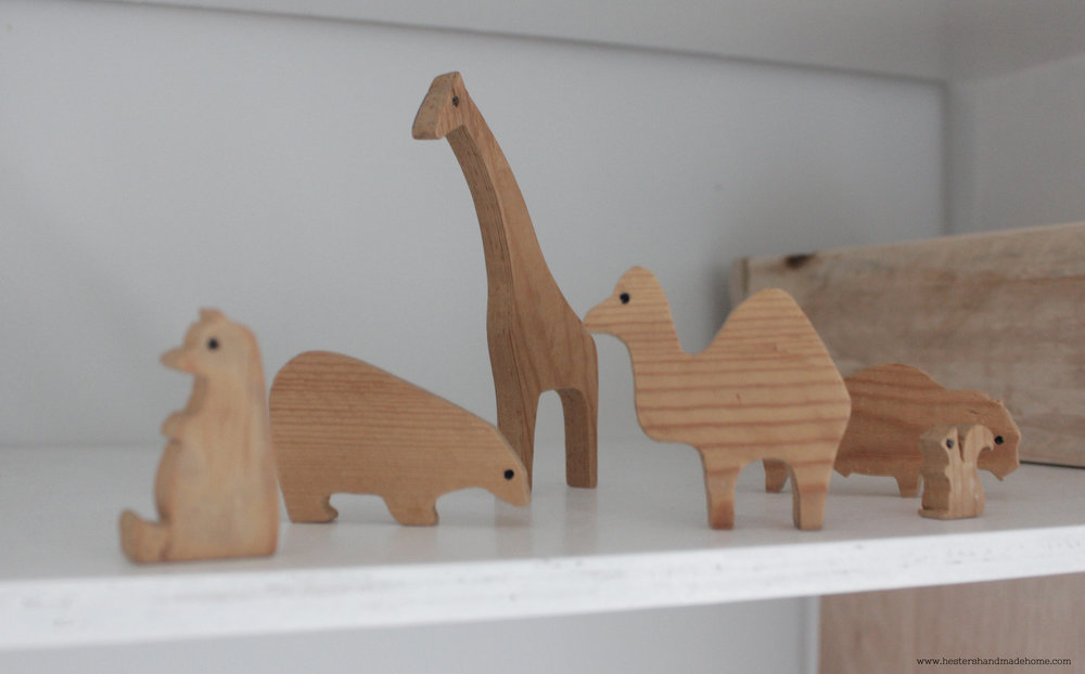 Wooden animal, nirsery decor tutorial by www.hestershandmadehome.com