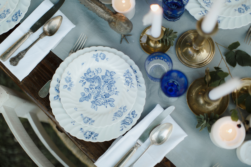 MIDSUMMER DINNER<hr>Table setting inspiration