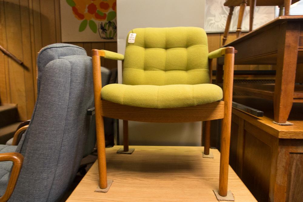 acme_furniture-11.jpg