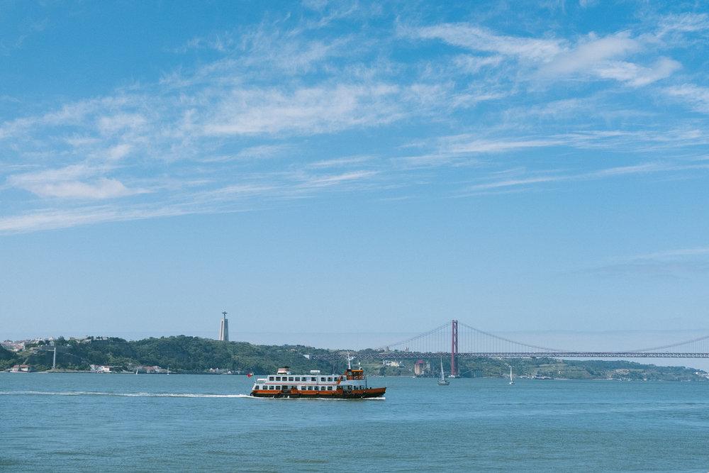 lisbon-ferry-7155.jpg