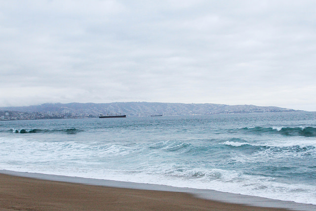 The two photographs above are taken at Reñaca beach, the furthest beach on the northern part of  Viña.