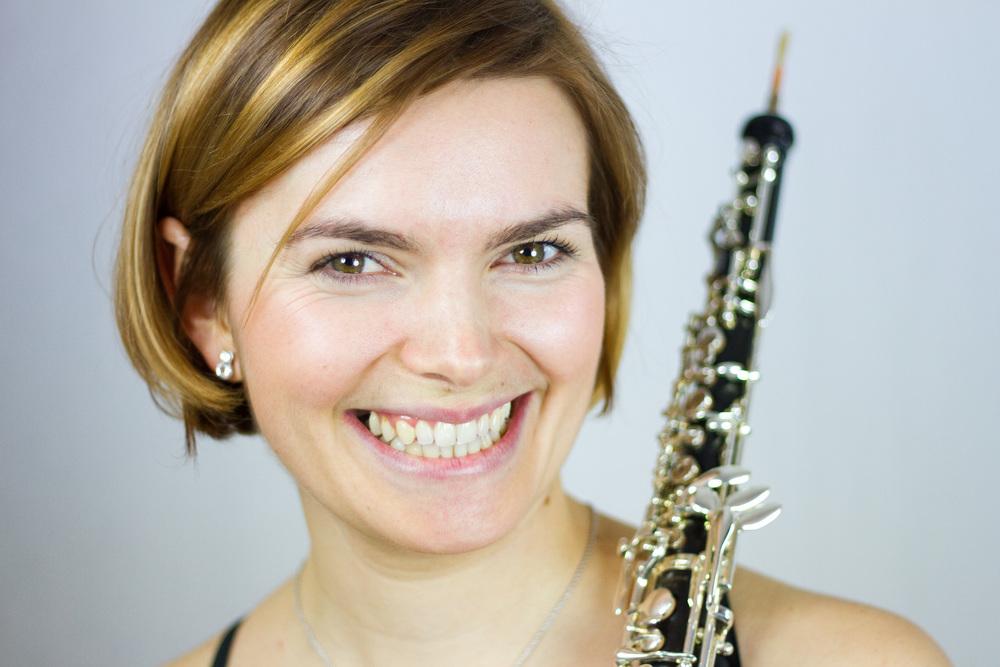 Andrea Dujak, Oboe