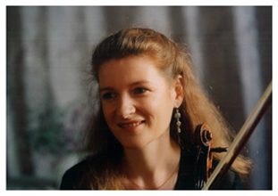 Maighréad McCrann, Violin