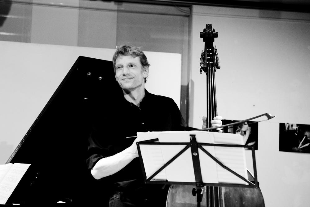 Thomas Stempkowski, Bass